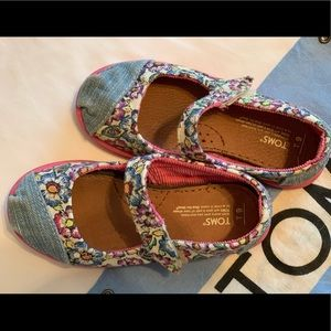 Toms denim-floral Mary Janes kids